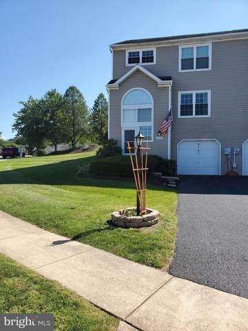 6207 Spring Knoll Drive, HARRISBURG, PA 17111 (#PADA2003860) :: The Joy Daniels Real Estate Group