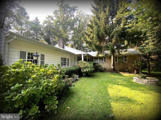 1009 Woodcircle Drive, WYNNEWOOD, PA 19096 (#PAMC2012252) :: Paula Cashion | Keller Williams Central Delaware