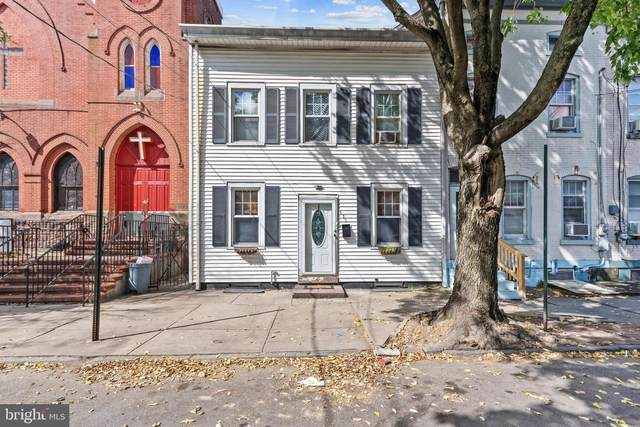 437 Centre Street, TRENTON, NJ 08611 (MLS #NJME2005400) :: The Dekanski Home Selling Team