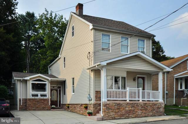 329 Coal Street, PORT CARBON, PA 17965 (#PASK2001588) :: The Heather Neidlinger Team With Berkshire Hathaway HomeServices Homesale Realty