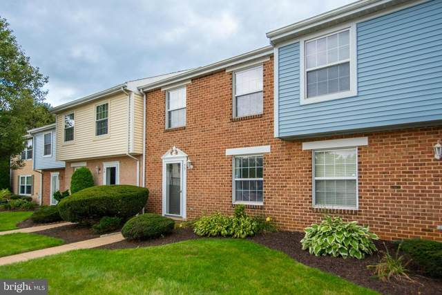 33 Williamstown Circle, YORK, PA 17404 (#PAYK2006766) :: TeamPete Realty Services, Inc