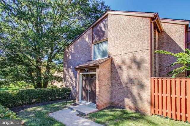 10706 Green Mountain Circle 17-2, COLUMBIA, MD 21044 (#MDHW2005306) :: Berkshire Hathaway HomeServices PenFed Realty