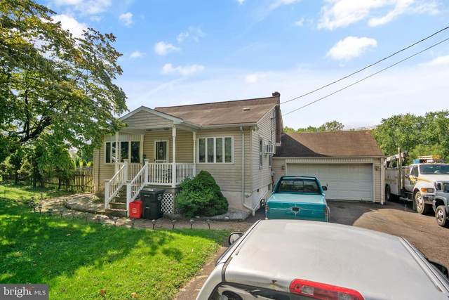 321 Linfield Trappe Road, ROYERSFORD, PA 19468 (#PAMC2012464) :: The John Kriza Team