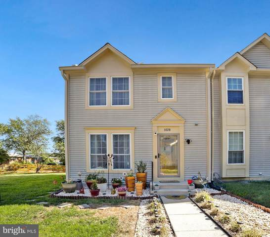 1028 Karen Boulevard, CAPITOL HEIGHTS, MD 20743 (#MDPG2013188) :: The Gus Anthony Team