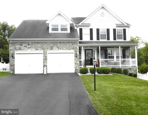 497 Hogan Drive, MARTINSBURG, WV 25405 (#WVBE2002986) :: Shawn Little Team of Garceau Realty