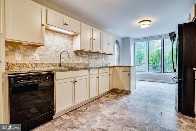 4917 Casimir Street, ANNANDALE, VA 22003 (#VAFX2024286) :: Bic DeCaro & Associates