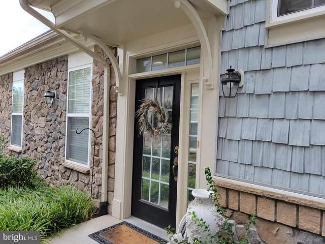 13978 Greendale Drive #8, WOODBRIDGE, VA 22191 (#VAPW2009674) :: CENTURY 21 Core Partners