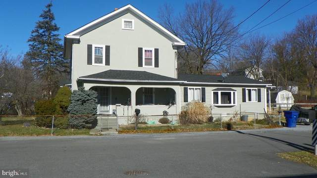 1217 N Royal Avenue, FRONT ROYAL, VA 22630 (#VAWR2001018) :: Pearson Smith Realty
