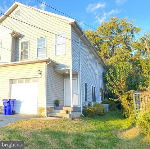6407 Woodburn Avenue, ELKRIDGE, MD 21075 (#MDHW2005470) :: Compass