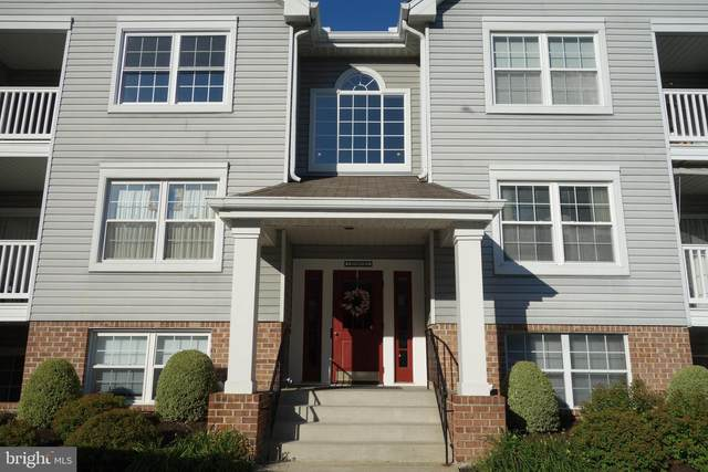 3 Rumford Drive #104, BALTIMORE, MD 21228 (#MDBC2012514) :: VSells & Associates of Compass