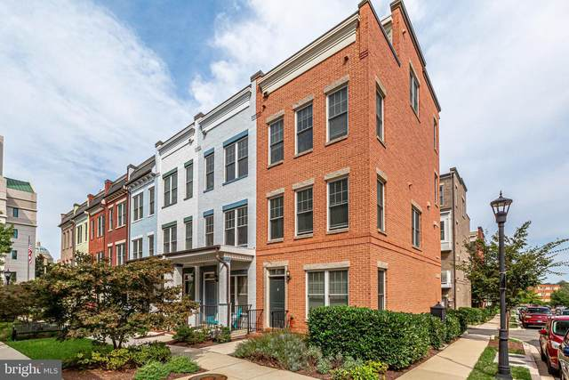 532 Regent Place NE, WASHINGTON, DC 20017 (#DCDC2016092) :: Dart Homes