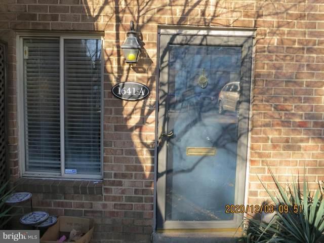 1641 S Hayes Street S #1, ARLINGTON, VA 22202 (#VAAR2005960) :: Nesbitt Realty