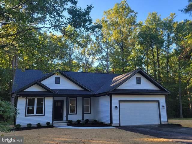 685 Cabin Point Drive, MONTROSS, VA 22520 (#VAWE2000834) :: Dart Homes