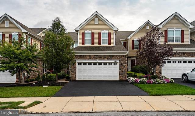 305 Joshua Tree, COLLEGEVILLE, PA 19426 (#PAMC2013444) :: Tom Toole Sales Group at RE/MAX Main Line