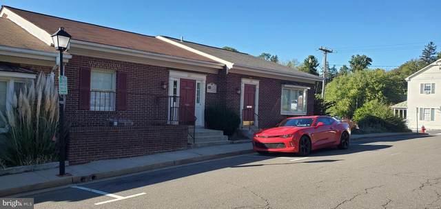 22-B John Marshall Street, WARRENTON, VA 20186 (#VAFQ2001638) :: RE/MAX Cornerstone Realty