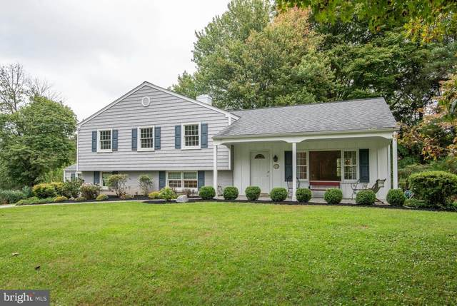 925 Monte Vista Drive, WEST CHESTER, PA 19380 (#PACT2009138) :: The John Kriza Team