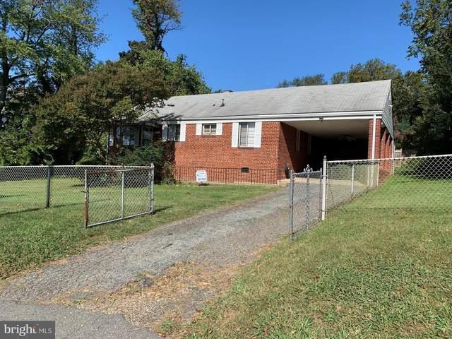 2741 Woodley Place, FALLS CHURCH, VA 22046 (#VAFX2026392) :: Nesbitt Realty