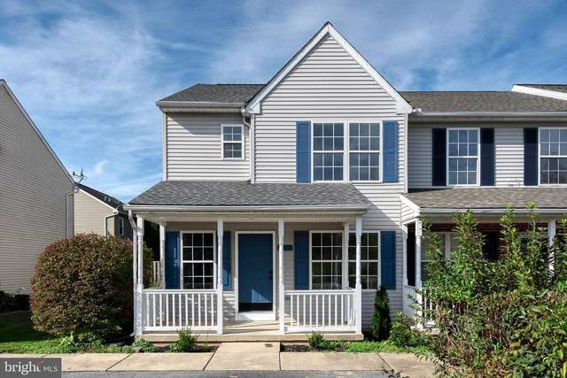 305 Iris Glen, LITITZ, PA 17543 (#PALA2006564) :: Linda Dale Real Estate Experts