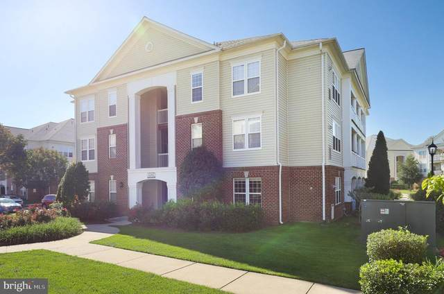 42492 Mayflower Terrace #104, BRAMBLETON, VA 20148 (#VALO2010306) :: FORWARD LLC