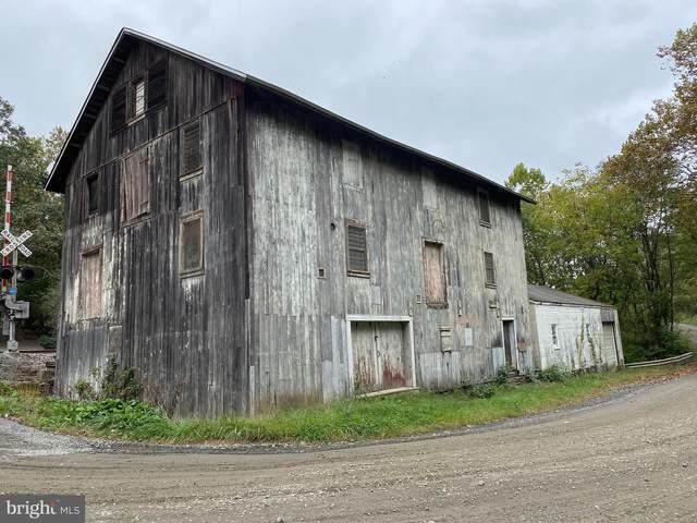 3036 Lost Corner Road, DELAPLANE, VA 20144 (#VAFQ2001684) :: Real Estate Connection