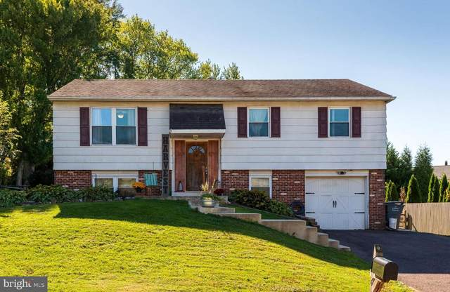 6 Iroquois Drive, ROYERSFORD, PA 19468 (#PAMC2014166) :: Linda Dale Real Estate Experts
