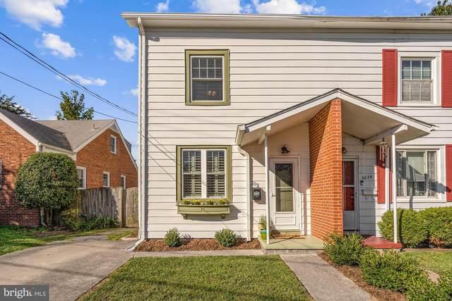 302 E Custis Avenue, ALEXANDRIA, VA 22301 (MLS #VAAX2004806) :: Maryland Shore Living   Benson & Mangold Real Estate