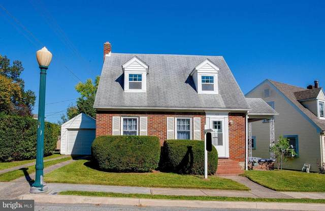 408 Brown Avenue, HAGERSTOWN, MD 21740 (#MDWA2002852) :: City Smart Living