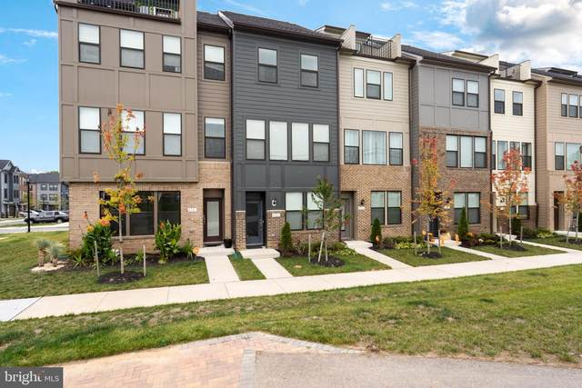 4943 Vista Green Lane, LANHAM, MD 20706 (#MDPG2015260) :: Betsher and Associates Realtors