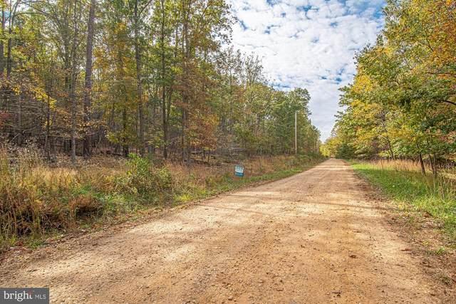Wooded Lane, FRONT ROYAL, VA 22630 (#VAWR2001186) :: Nesbitt Realty