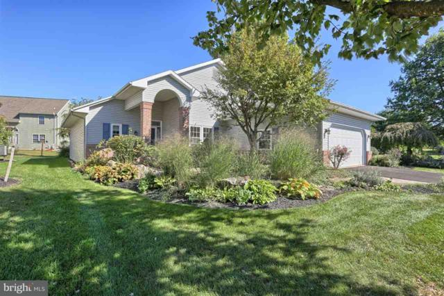 612 Pondside Lane, LEBANON, PA 17042 (#1001686023) :: The Joy Daniels Real Estate Group