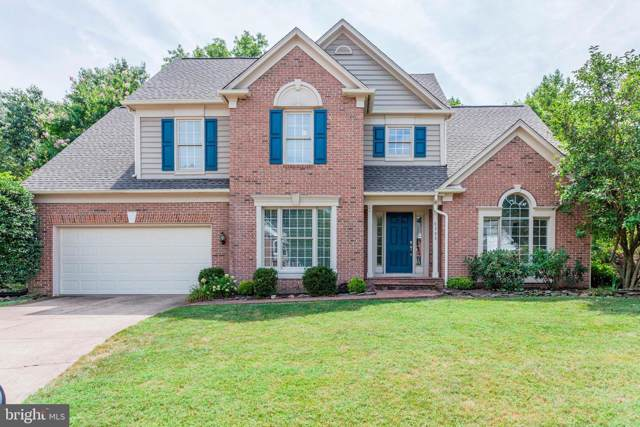 8308 Knotty Pine Lane, FAIRFAX STATION, VA 22039 (#VAFX100241) :: The Daniel Register Group