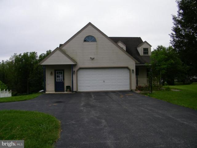 2822 Sherwood Lane, DOVER, PA 17315 (#1009912612) :: Benchmark Real Estate Team of KW Keystone Realty