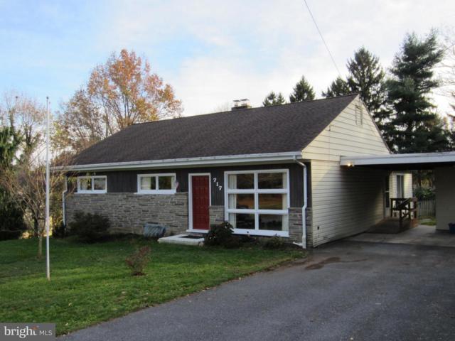 717 Fairway Drive, LANCASTER, PA 17603 (#PALA101356) :: Benchmark Real Estate Team of KW Keystone Realty
