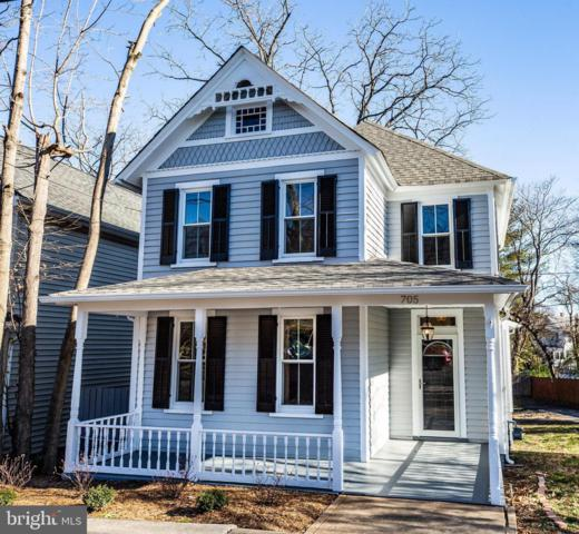 705 Lee Avenue, FREDERICKSBURG, VA 22401 (#VAFB108698) :: Colgan Real Estate
