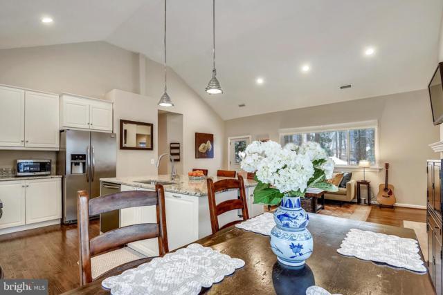 1317 Alexandria Avenue, ALEXANDRIA, VA 22308 (#VAFX993754) :: Colgan Real Estate