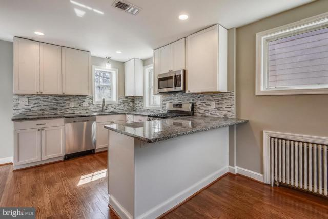 9411 Russell Road, SILVER SPRING, MD 20910 (#MDMC649674) :: Advance Realty Bel Air, Inc