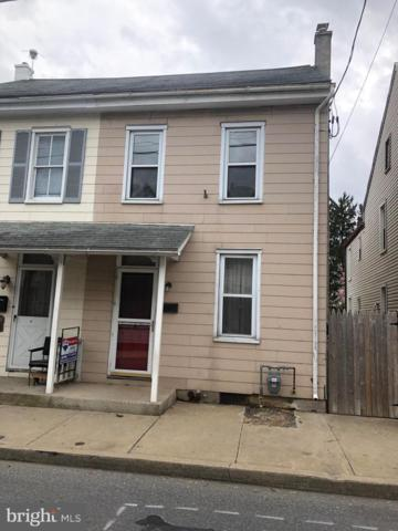 35 W Ferdinand Street, MANHEIM, PA 17545 (#PALA130830) :: Liz Hamberger Real Estate Team of KW Keystone Realty