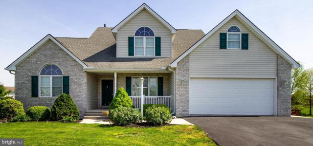 992 Cranberry Drive, CHAMBERSBURG, PA 17202 (#PAFL164926) :: The Joy Daniels Real Estate Group