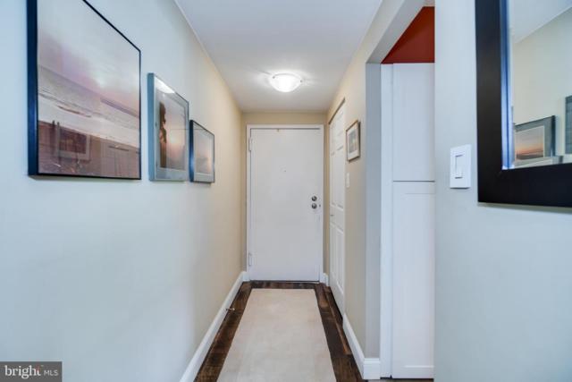 625 Center Street T1, HERNDON, VA 20170 (#VAFX1064232) :: Advon Real Estate