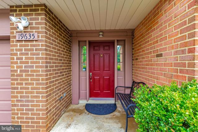 19635 White Saddle Drive, GERMANTOWN, MD 20874 (#MDMC662650) :: ExecuHome Realty