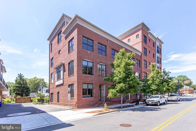2810 11TH Street S T001, ARLINGTON, VA 22204 (#VAAR151696) :: Cristina Dougherty & Associates