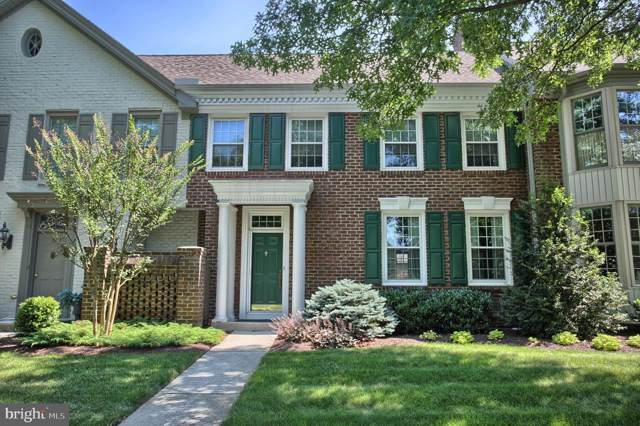 49 Devonshire Square, MECHANICSBURG, PA 17050 (#PACB115264) :: Berkshire Hathaway Homesale Realty
