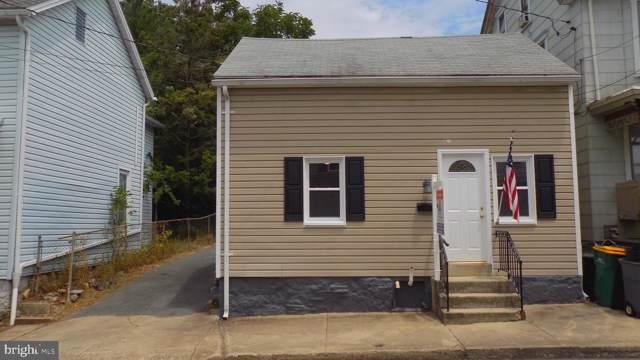 49 E North Street N, WAYNESBORO, PA 17268 (#PAFL167028) :: The Joy Daniels Real Estate Group