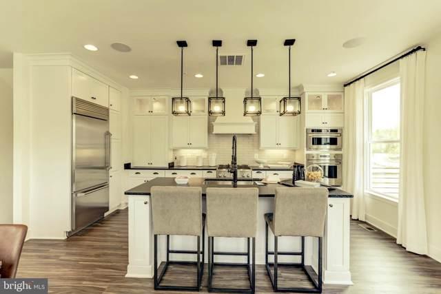 3 Lakestone Drive, CHANTILLY, VA 20151 (#VAFX1078576) :: Homes to Heart Group