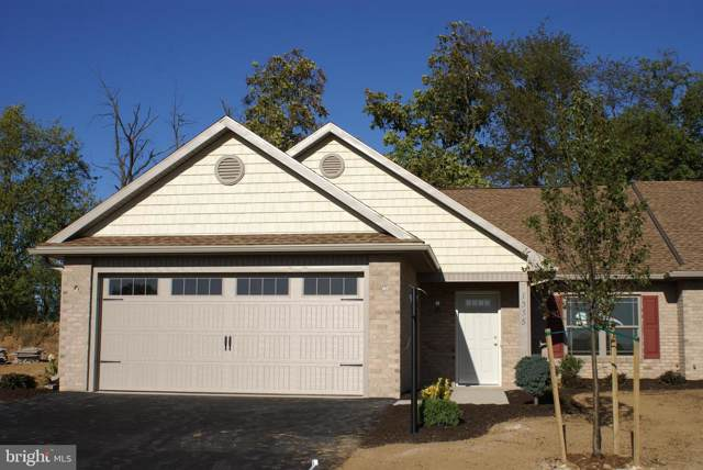 1335 Treeline Drive, CHAMBERSBURG, PA 17202 (#PAFL168744) :: The Heather Neidlinger Team With Berkshire Hathaway HomeServices Homesale Realty