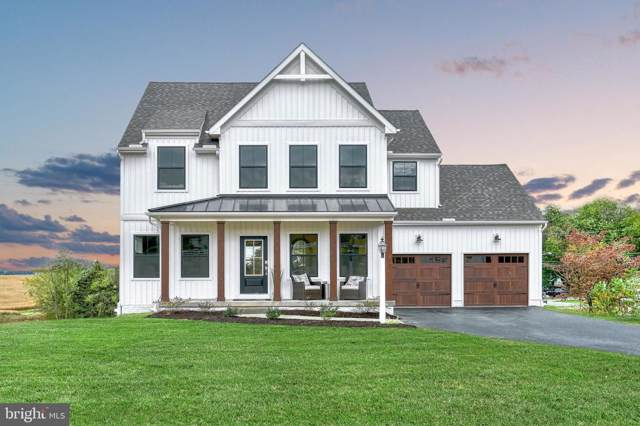 2 W Church Avenue, SHREWSBURY, PA 17361 (#PAYK126034) :: The Craig Hartranft Team, Berkshire Hathaway Homesale Realty