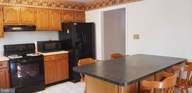 29890 Cross Woods Drive, MECHANICSVILLE, MD 20659 (#MDSM165284) :: Viva the Life Properties