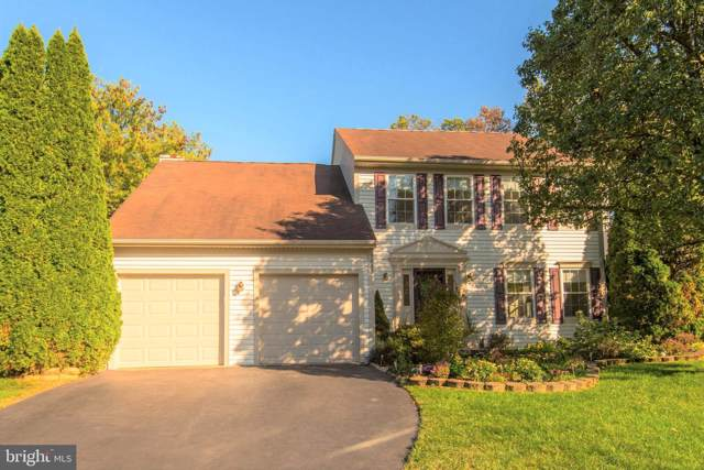 5423 Gladewright Drive, CENTREVILLE, VA 20120 (#VAFX1093708) :: Jacobs & Co. Real Estate