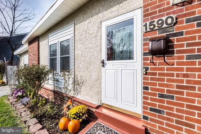1590 Arline Avenue, ABINGTON, PA 19001 (#PAMC630642) :: The John Kriza Team