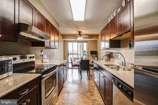 15100 Interlachen Drive #309, SILVER SPRING, MD 20906 (#MDMC688994) :: Dart Homes